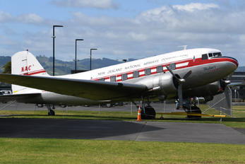 ZK-AWP - Air Chathams Douglas DC-3