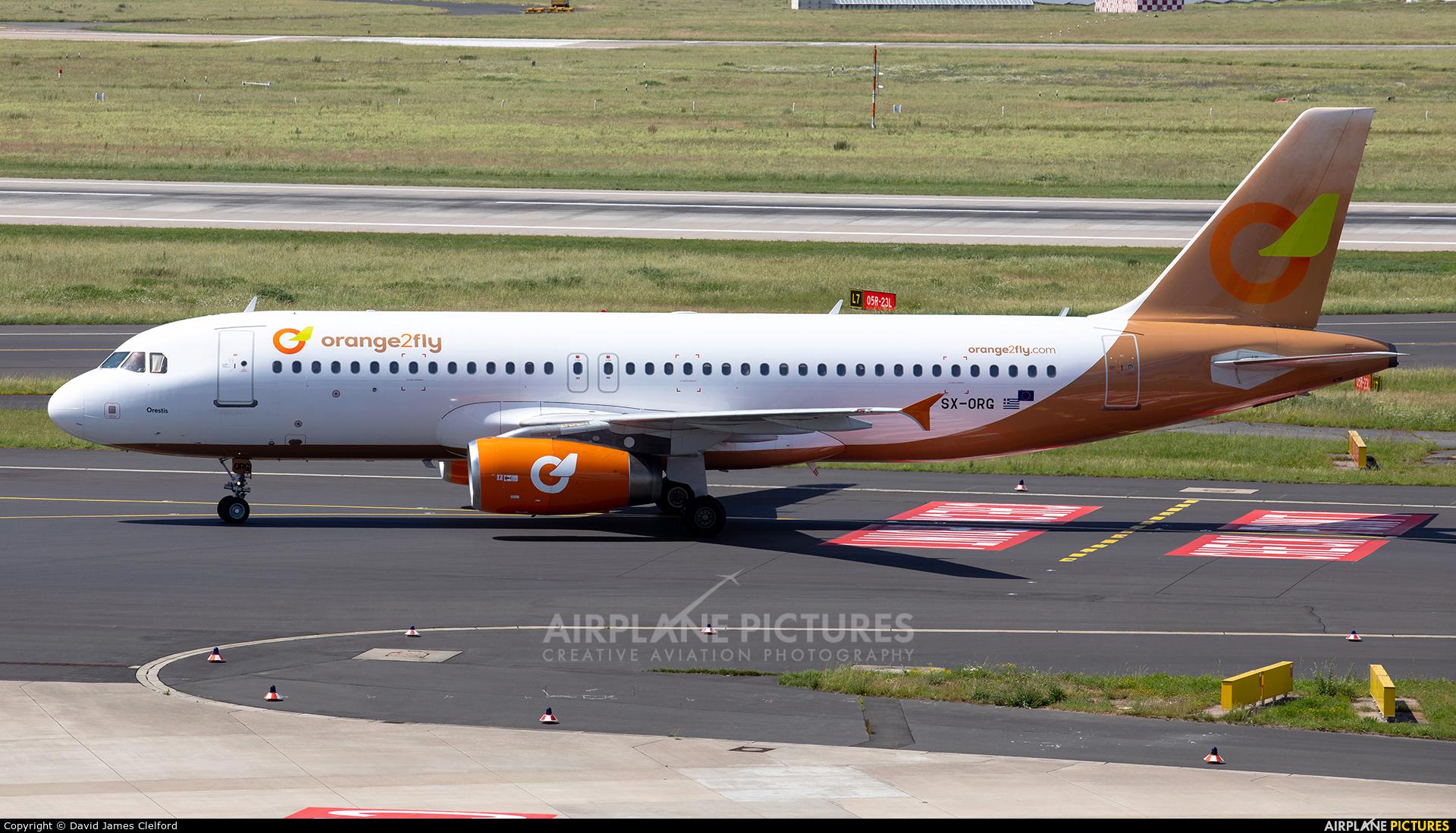 orange2fly SX-ORG aircraft at Düsseldorf