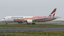Qantas Boeing 787 visited Paris CDG title=