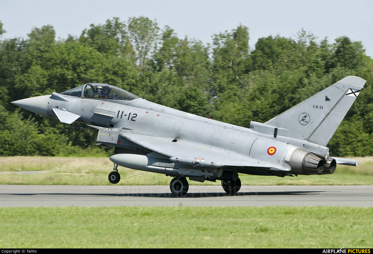 Spain - Air Force C.16-33 aircraft at Florennes