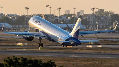 VT-IVF - IndiGo Airbus A320 NEO