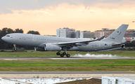 Rare visit of NATO A330 MRTT to Seville title=