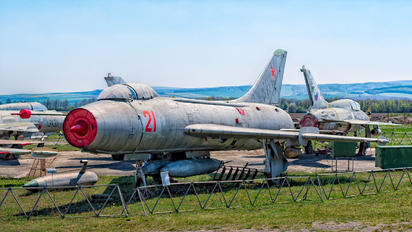 21 - USSR - Air Force Sukhoi Su-7BM