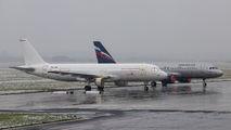 OE-IOQ - GECAS Airbus A320 aircraft