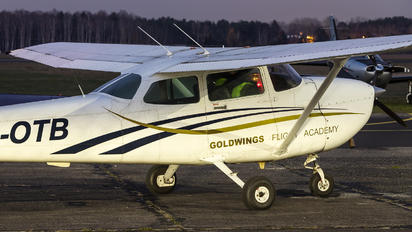 SP-OTB - Goldwings Flight Academy Cessna 172 Skyhawk (all models except RG)