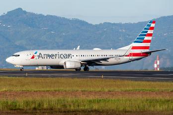 N929NN - American Airlines Boeing 737-800