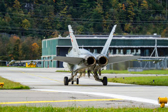 J-5026 - Switzerland - Air Force McDonnell Douglas F/A-18C Hornet