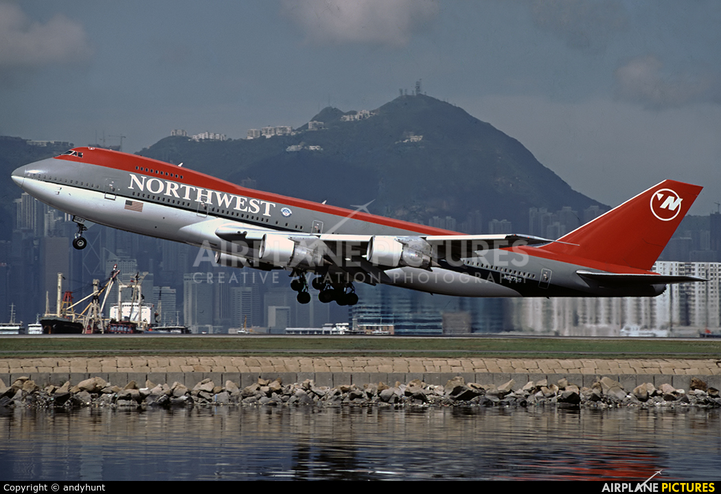 Northwest Airlines N627US aircraft at HKG - Kai Tak Intl CLOSED