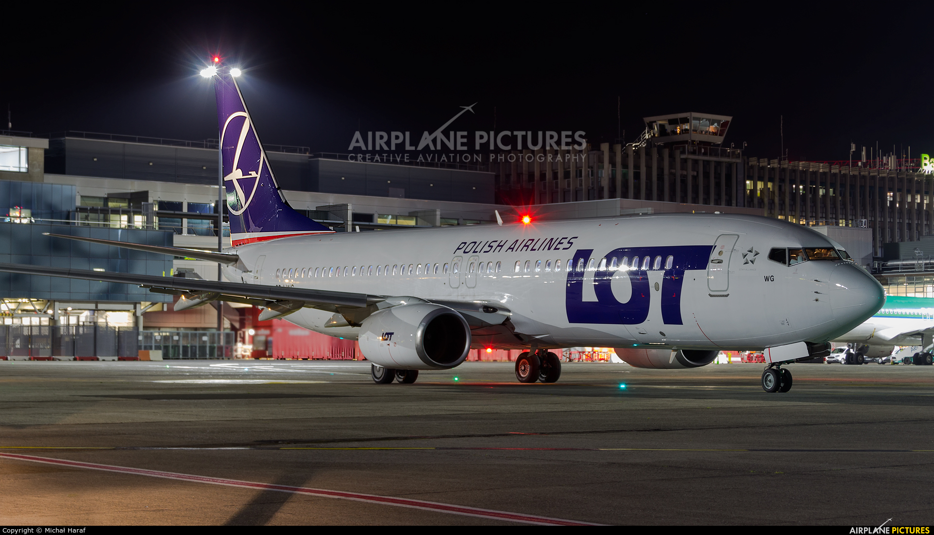 LOT - Polish Airlines SP-LWG aircraft at Dublin