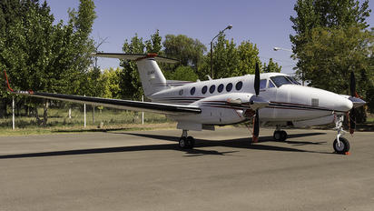 LV-GKV - Private Beechcraft 250 King Air