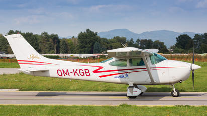 OM-KGB - Private Cessna 182 Skylane (all models except RG)