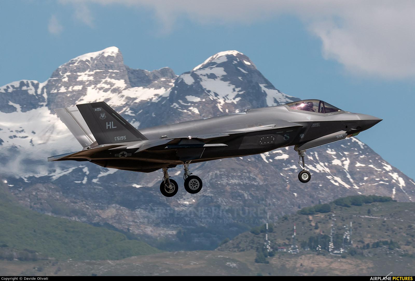 USA - Air Force 15-5195 aircraft at Aviano