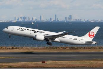 JA879J - JAL - Japan Airlines Boeing 787-9 Dreamliner