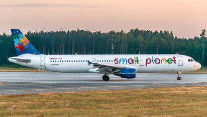 SP-HAY - Small Planet Airlines Airbus A321