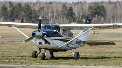 SP-GBB - Private Cessna 206 Stationair (all models)