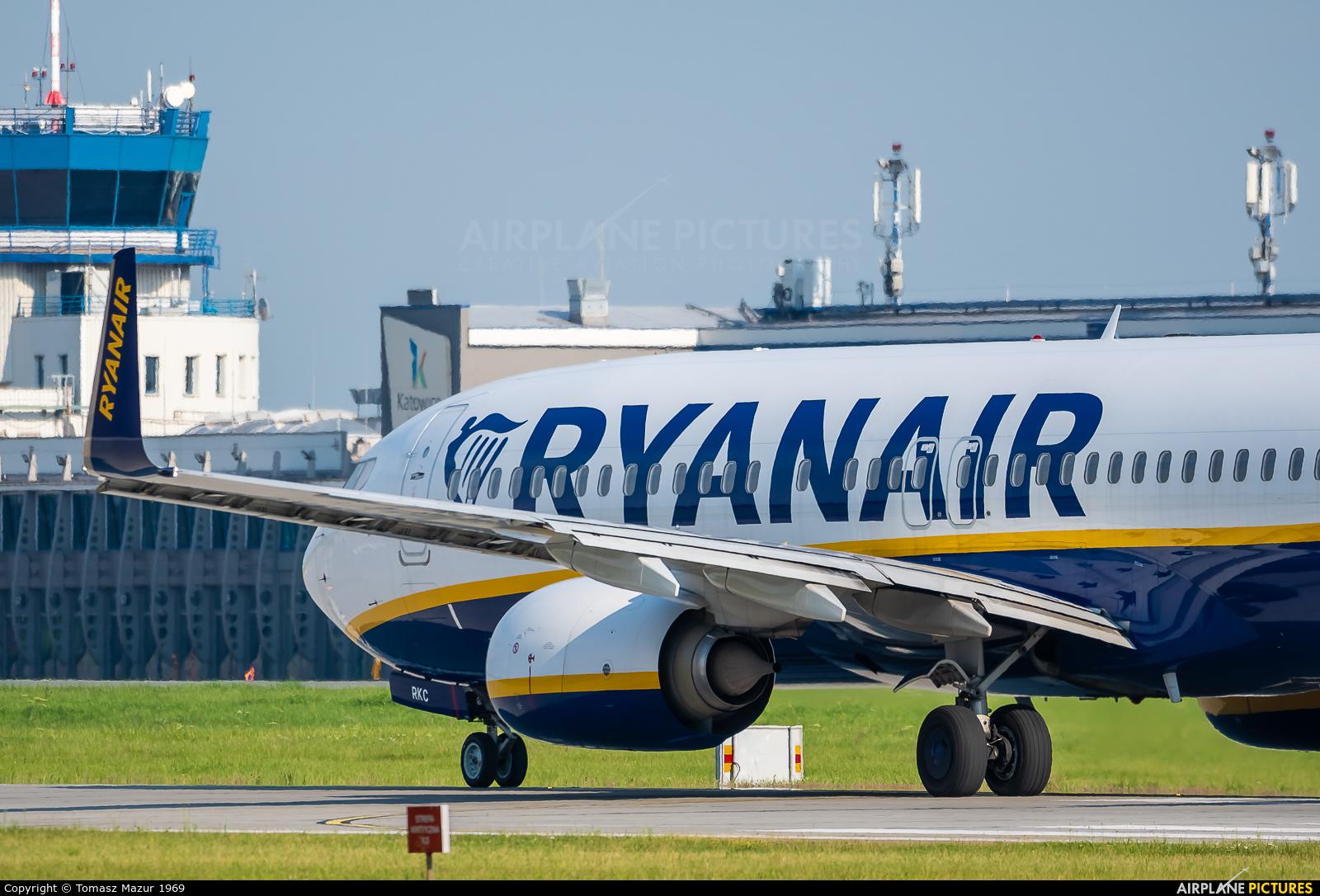 Ryanair Sun SP-RKC aircraft at Katowice - Pyrzowice