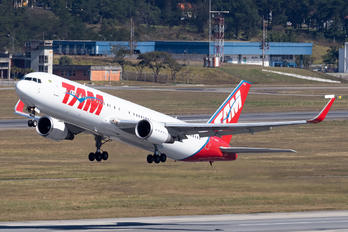 PT-MSW - TAM Boeing 767-300ER