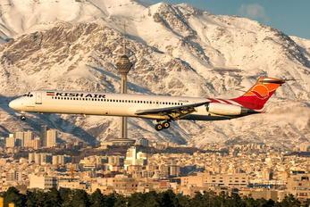 EP-LCM - Kish Air McDonnell Douglas MD-82