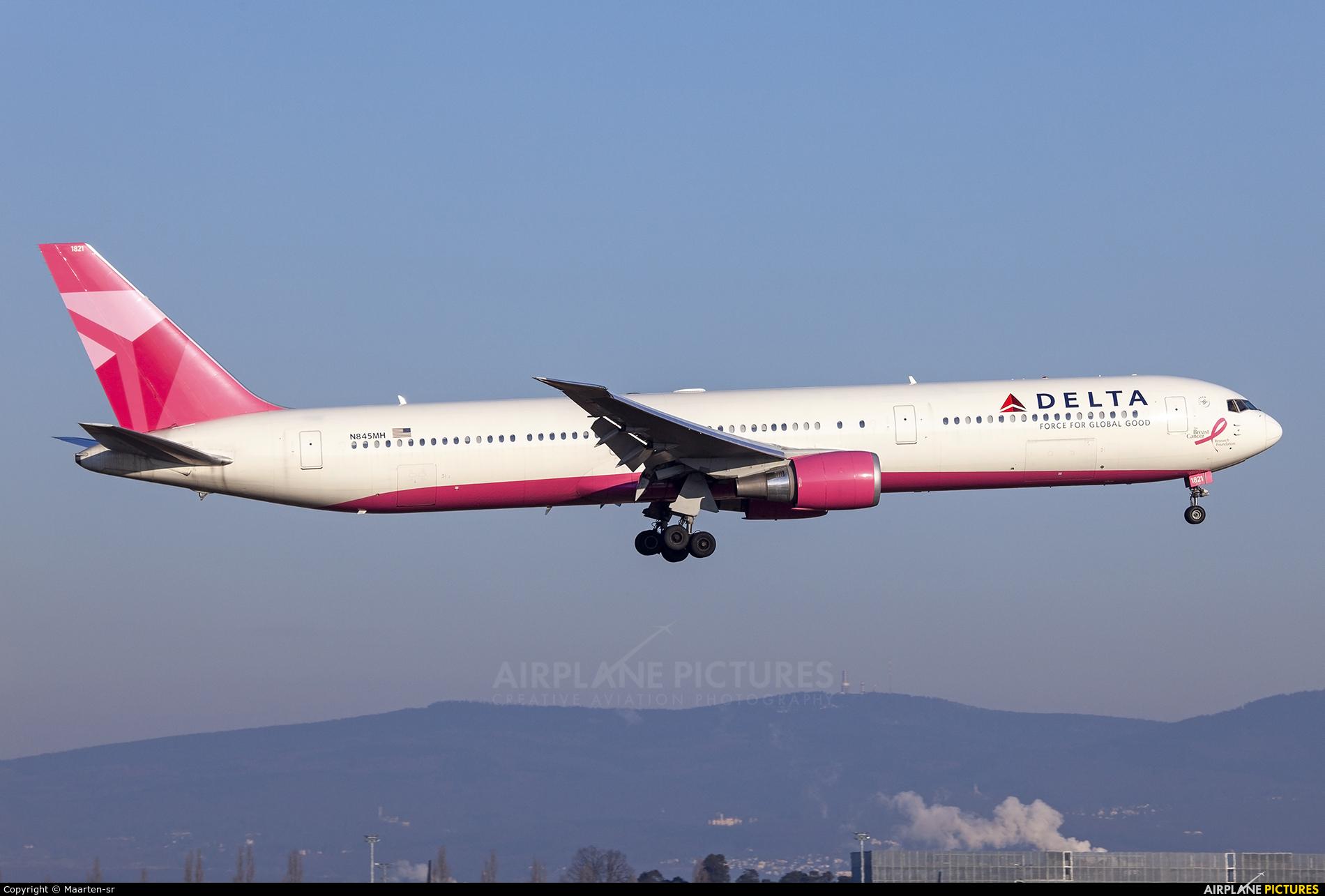 Delta Air Lines N845MH aircraft at Frankfurt