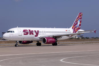 TC-SKT - Sky Airlines (Turkey) Airbus A320