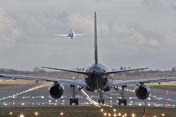 G-ZAPX - Titan Airways Boeing 757-200
