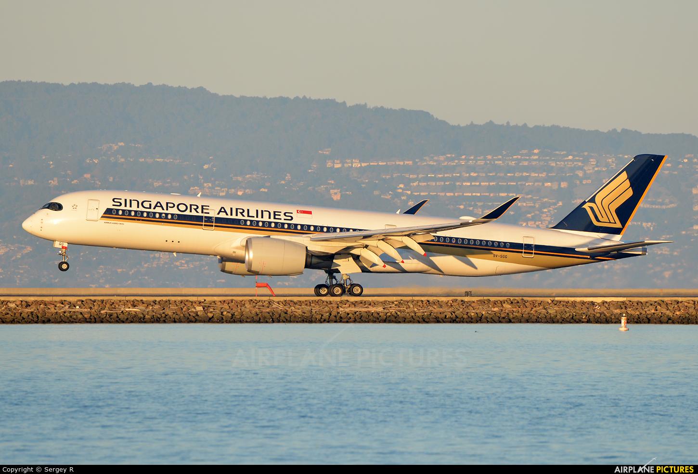 Singapore Airlines 9V-SGG aircraft at San Francisco Intl