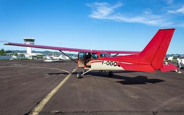 F-OGOC - Private Cessna 172 Skyhawk (all models except RG)