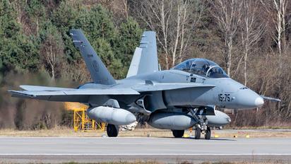 15-75 - Spain - Air Force McDonnell Douglas CF-188B Hornet