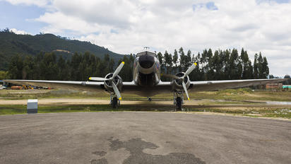 FAC667 - Colombia - Air Force Douglas DC-3