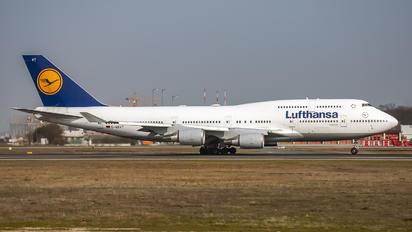 D-ABVT - Lufthansa Boeing 747-400
