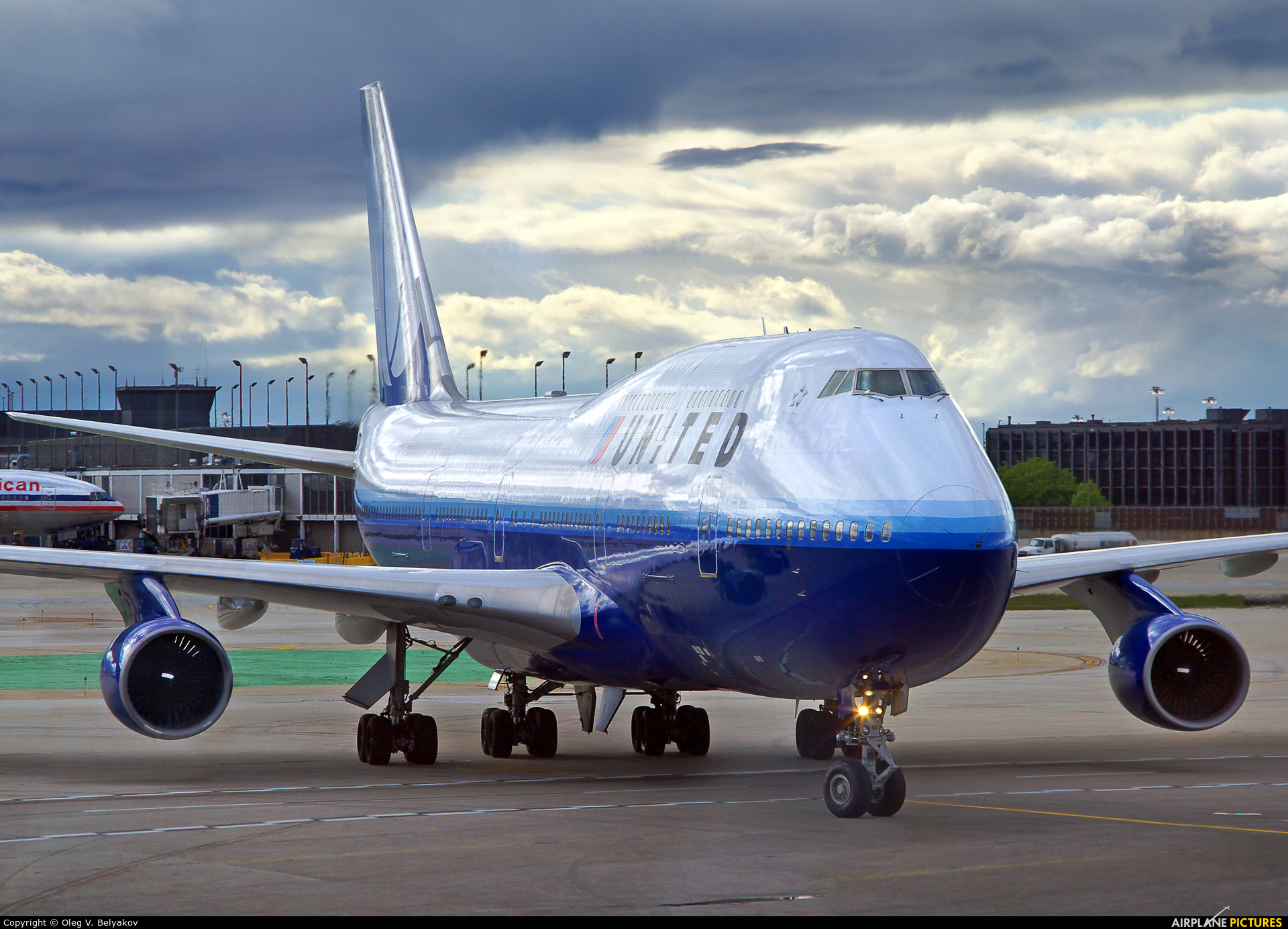 United Airlines N119UA aircraft at Chicago - O Hare Intl