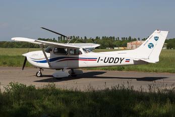 I-UDDY - Private Cessna 172 Skyhawk (all models except RG)