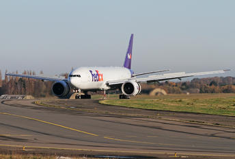 N845FD - FedEx Federal Express Boeing 777F