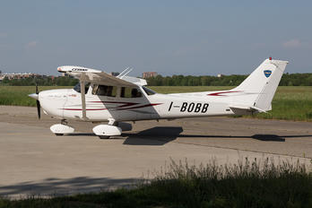I-BOBB - Private Cessna 172 Skyhawk (all models except RG)