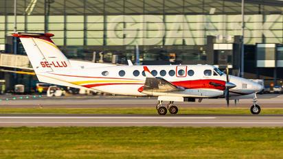 SE-LLU - Waltair Europe Beechcraft 300 King Air 350