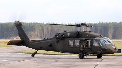 99-26832 - USA - Army Sikorsky UH-60L Black Hawk
