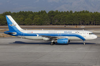 TC-KLB - Kolavia Airbus A320