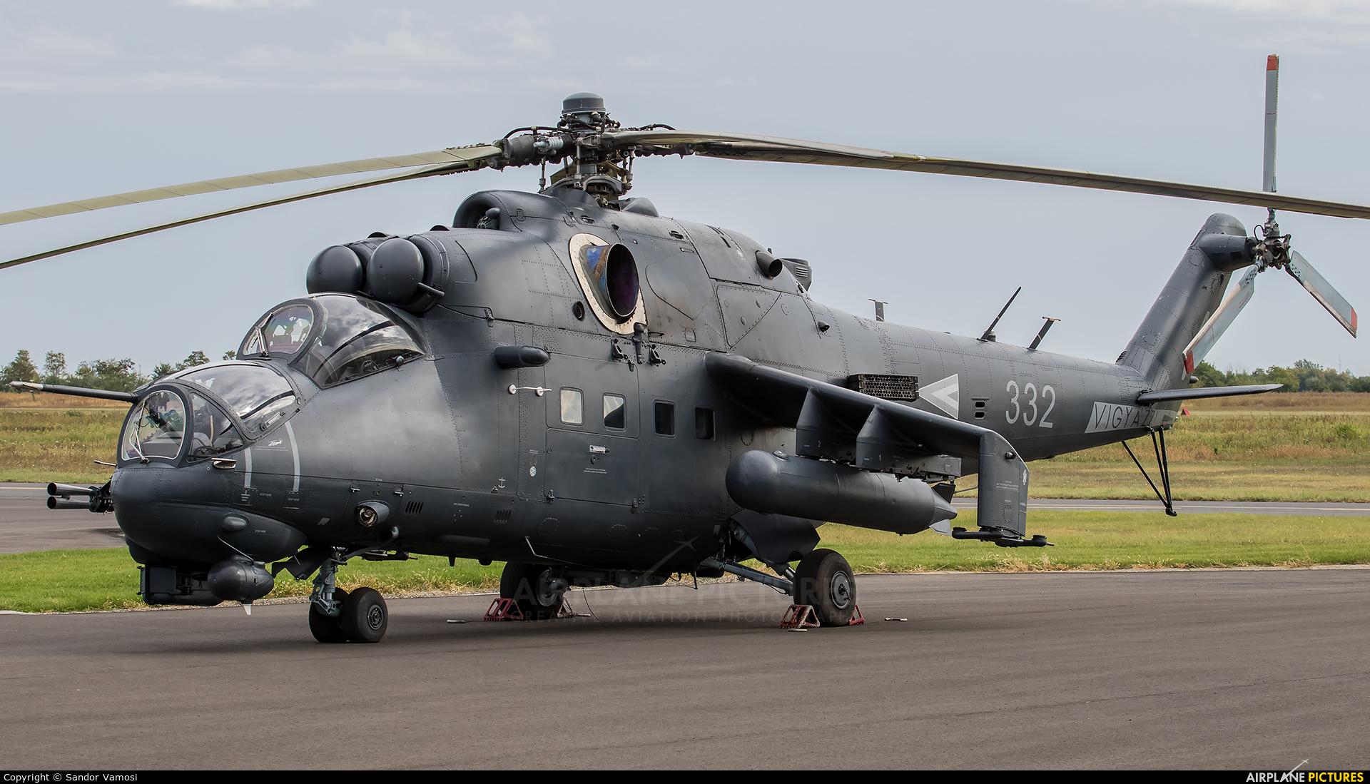 Hungary - Air Force 332 aircraft at Szolnok