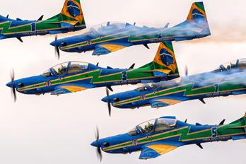 """5734 - Brazil - Air Force """"Esquadrilha da Fumaça"""" Embraer EMB-314 Super Tucano A-29A"""