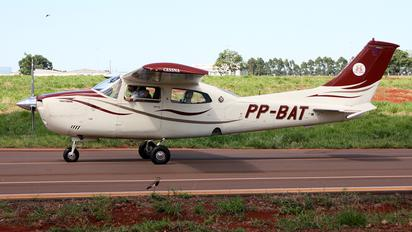 PP-BAT - Private Cessna 210 Centurion