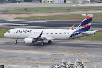 PR-TYI - LATAM Brasil Airbus A320