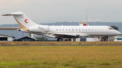C-FZLA - Private Bombardier BD-700 Global 6000