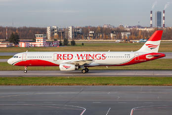 VP-BRQ - Red Wings Airbus A321