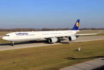 D-AIHH - Lufthansa Airbus A340-600