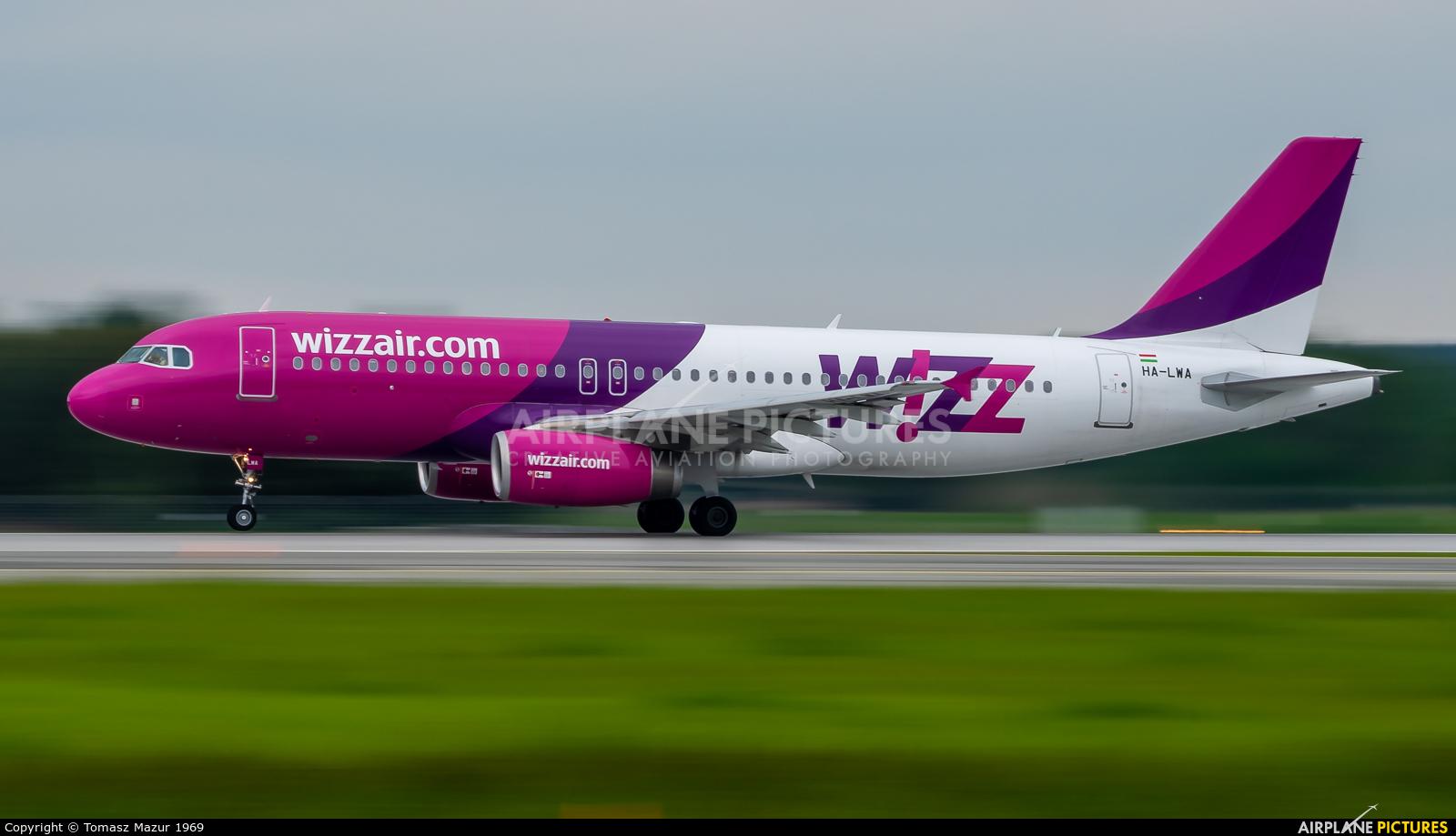 Wizz Air HA-LWA aircraft at Katowice - Pyrzowice