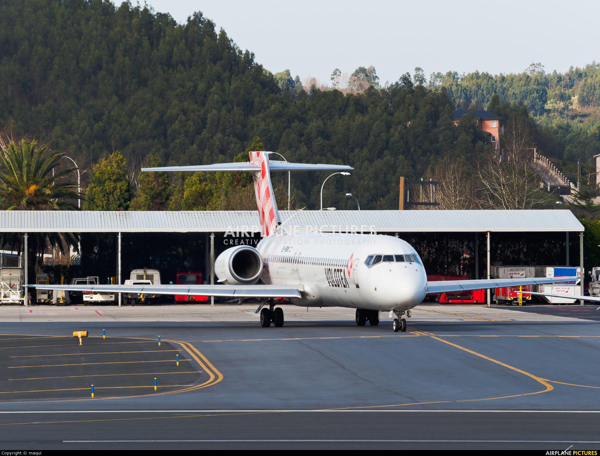 Volotea Airlines EI-FBM aircraft at La Coruña