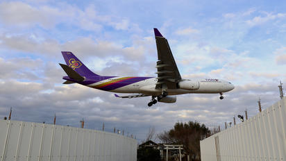 HS-TEP - Thai Airways Airbus A330-300