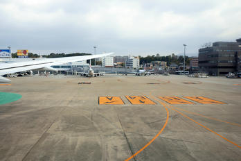 JA819A - - Airport Overview - Airport Overview - Apron