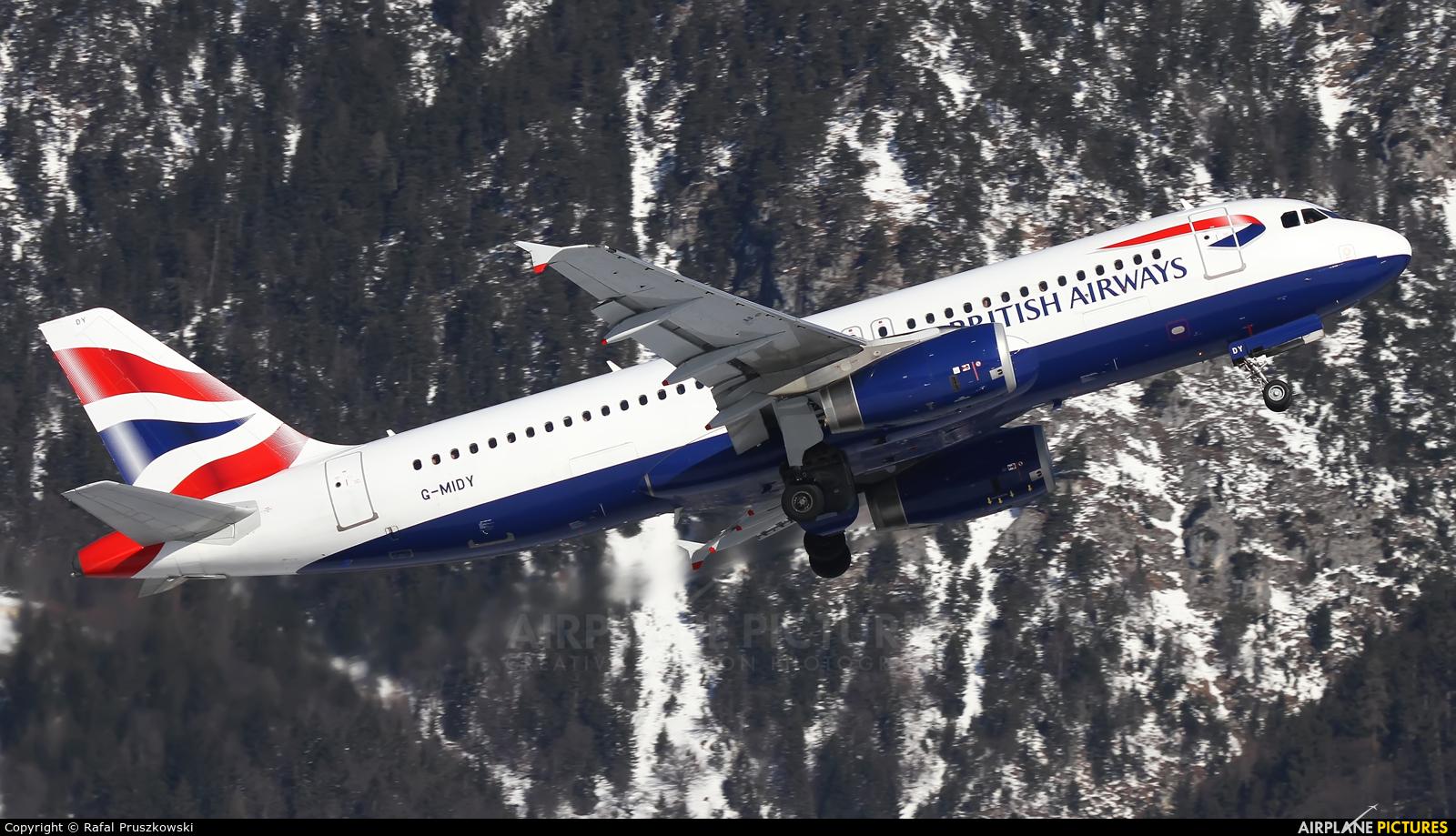 British Airways G-MIDY aircraft at Innsbruck
