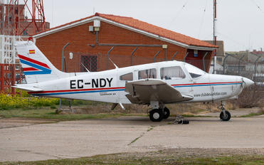 EC-NDY - Club de vuelo TAS Piper PA-28-161 Cherokee Warrior II